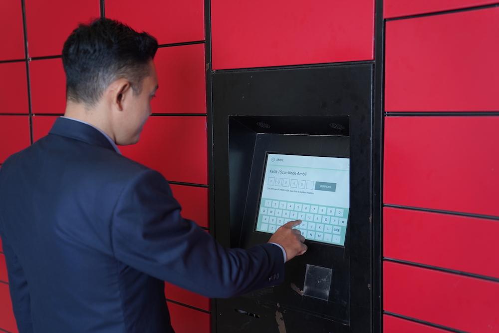 Venue Owner using PopBox Locker